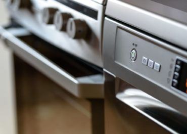 5 Top Tips To Keep Your Oven Clean