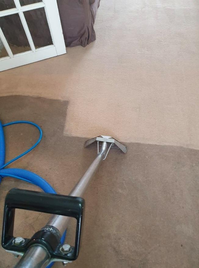 Best carpet cleaning West Bromwich